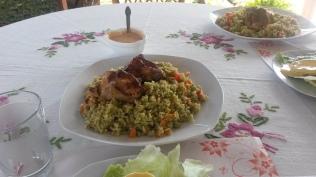 Kurczak z ryżem i groszkiem